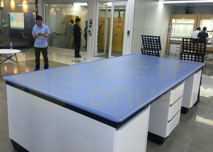 Monolithic Epoxy Resin Laboratory Countertop With Bevel Edge And Chemical Resistance